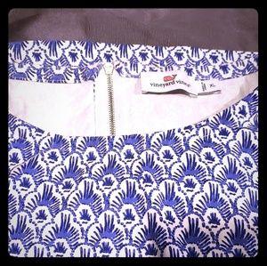 Vineyard Vines dress w/ 3/4 sleeves knee length